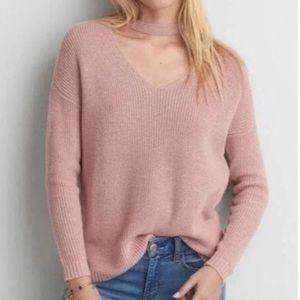 american eagle ✰ dusty rose choker v-neck sweater